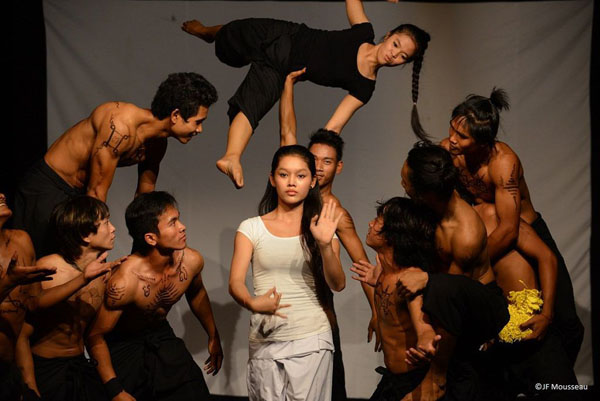 phare-the-cambodian-circus-siem-reap-26297-1378918241