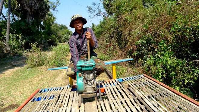 bambootrain-001
