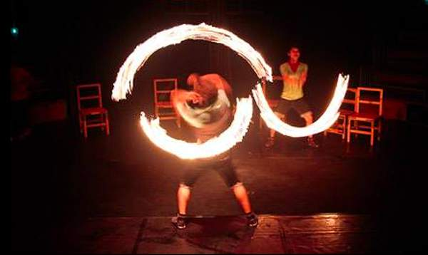 fire-spinning(2)
