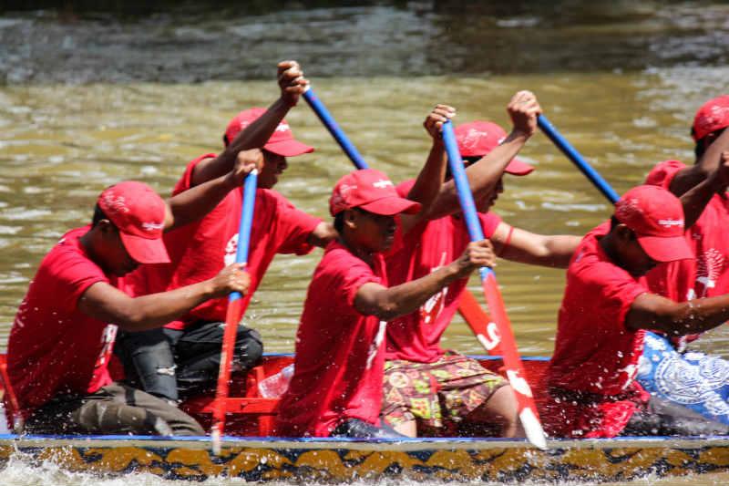 Khmer spreading water festival scandal