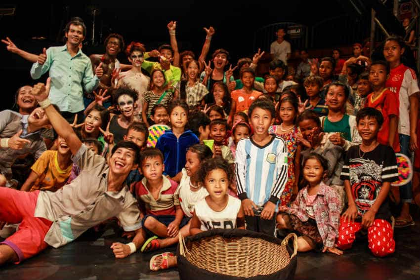 Cambodian kids see the circus for the first time…