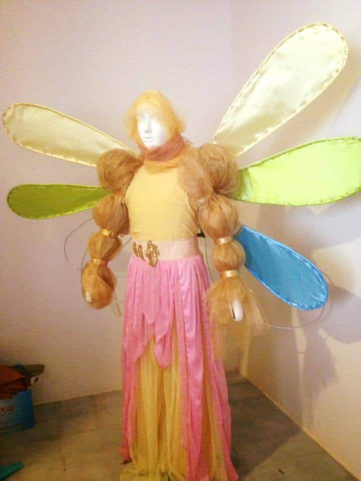 Phare Circus costume design workshop - mannequin with yellow costumed wings