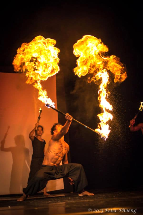 Eclipse - Phare, The Cambodian Circus