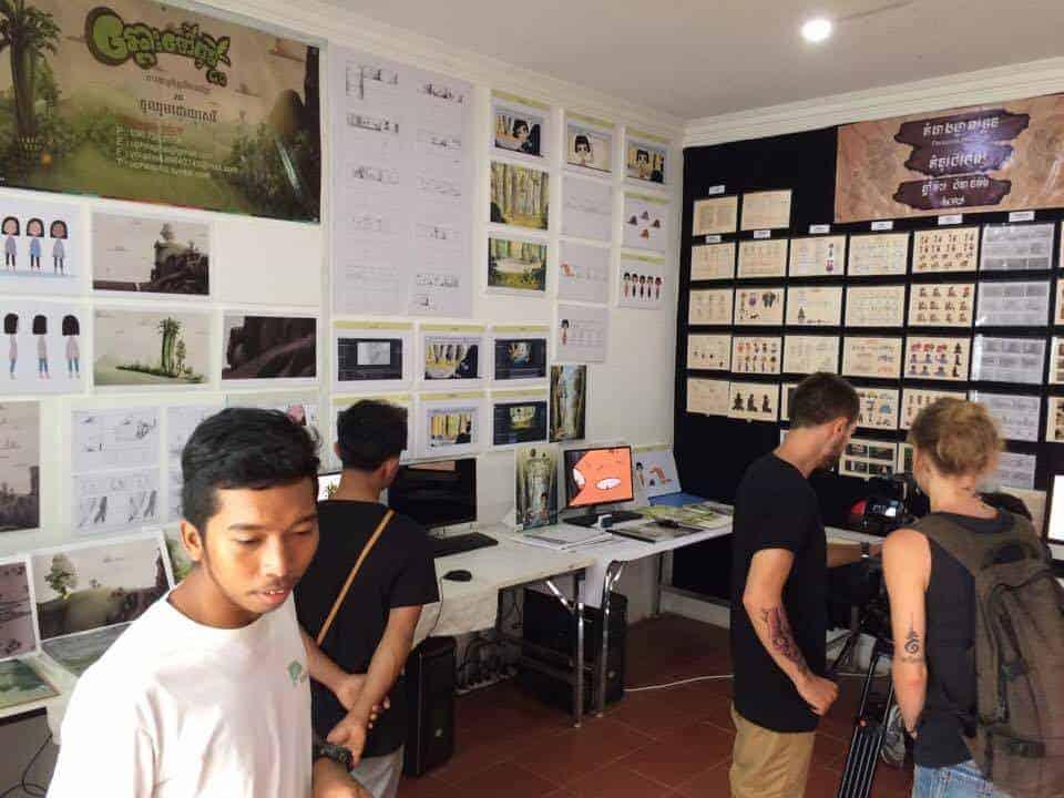 Several guests visit Phare Ponleu Selpak school during Open Days