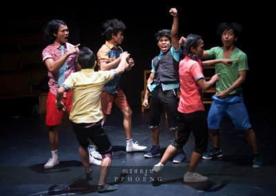 Phare, The Cambodian Circus - Production - Chills