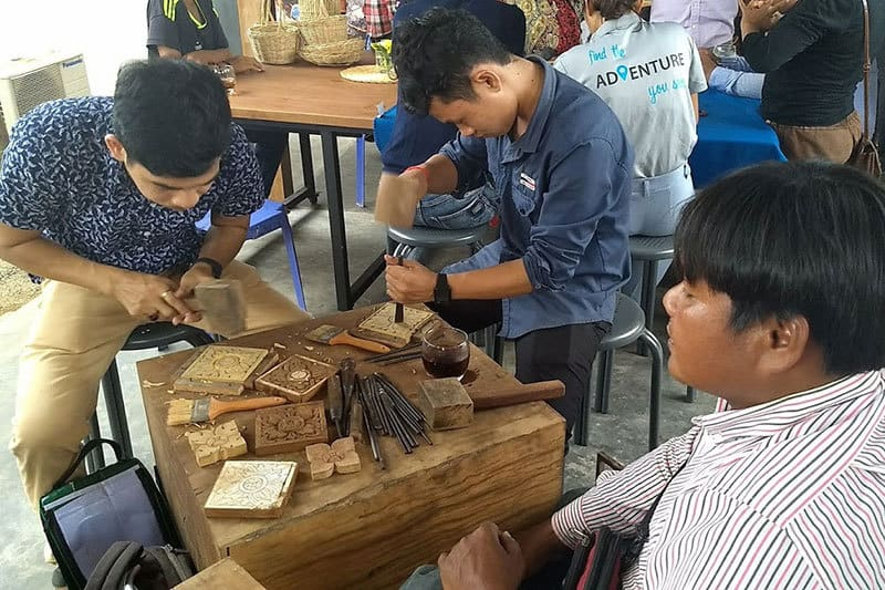 Workshops @Phare with Backstreet Academy - Wood-Carving