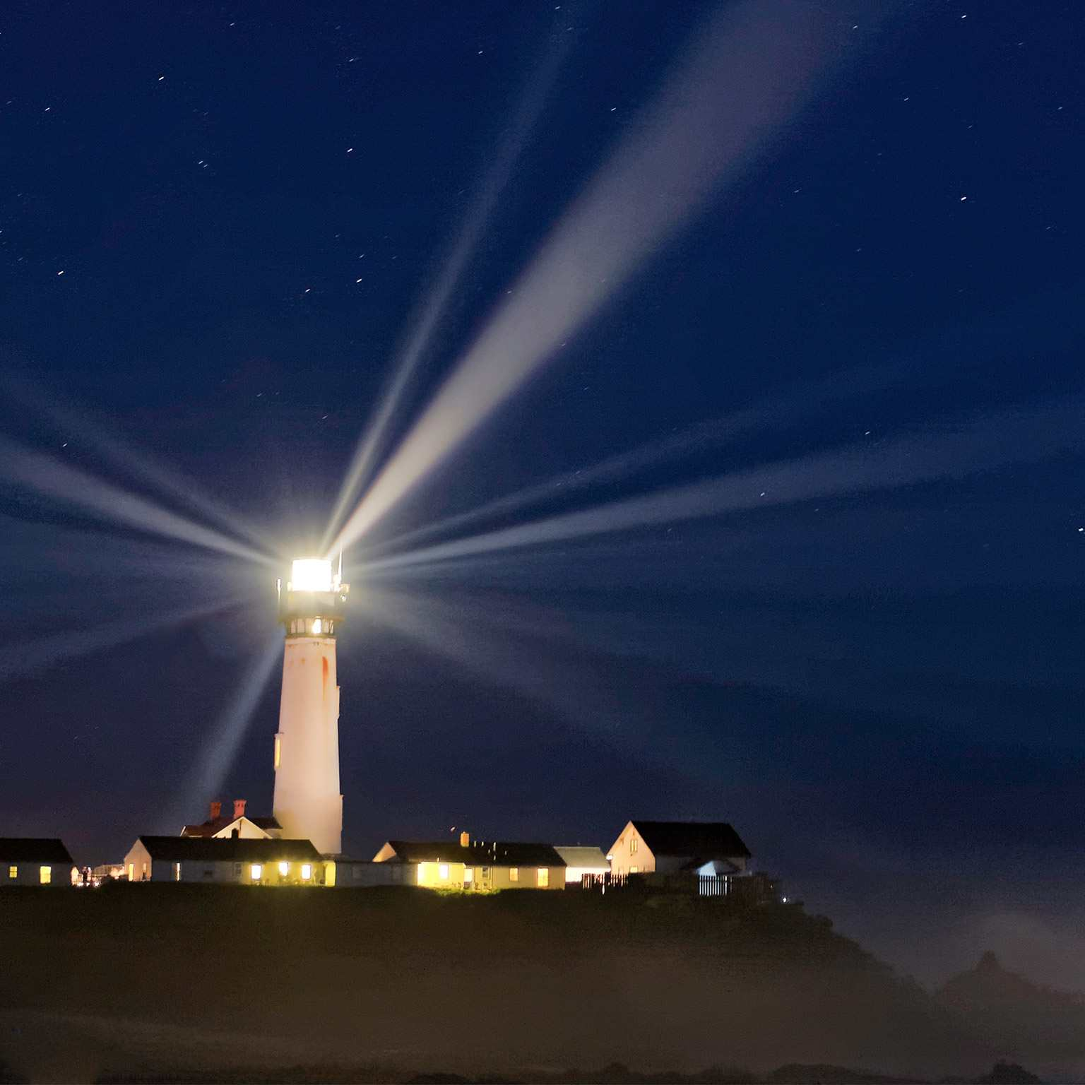 Phare - lighthouse - beacon of light