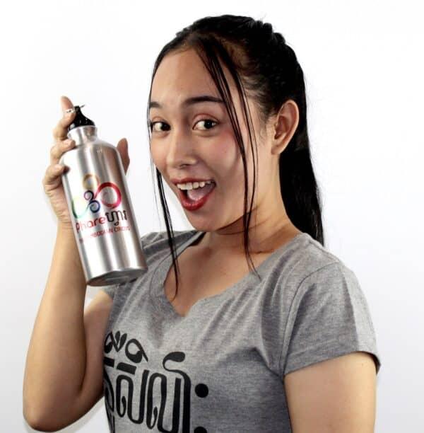 Phare Circus Artist sports water bottle