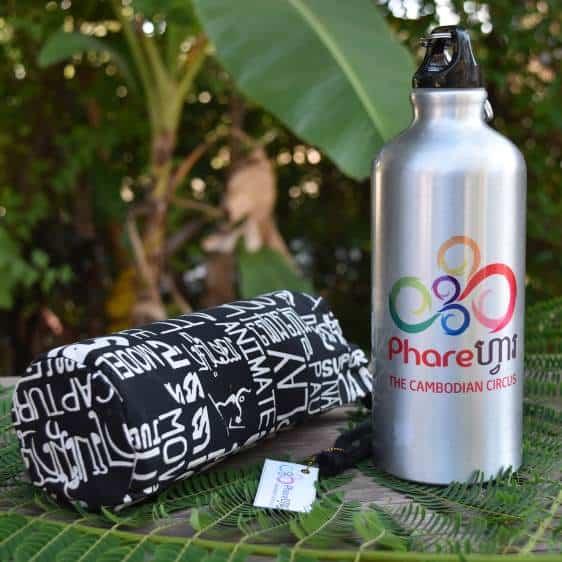 Sports water bottle - Phare Circus logo - black bag